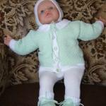 Zelenobílá kojenecká soupravička