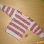 Pruhovaný svetřík pro miminko