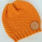 Čepice pletená spirálovým vzorem