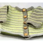 Bábätkovský svetrík s pásikavým vzorom