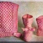 Pletená čiapočka a papučky