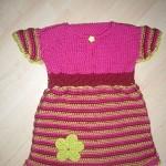 Růžové šaty s kytičkou