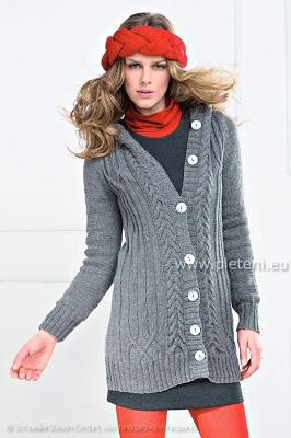 4215f20dc90c Dlouhý svetr s kapucí a čelenka – PLETENÍ – NÁVODY