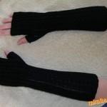 Černé návleky na ruce