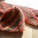 Šikmo pletená čepice