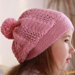 Růžový pletený baret