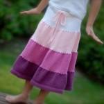 Dívčí zvonová sukně