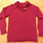 Bezešvý svetr pletený od krku