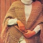 Teplý šátek s copánkovými vzory
