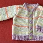 Pásikavý jarný svetrík pre bábätká