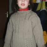 Hnedý pulóver