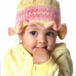 Dětský pletený klobouček