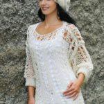 Díratý svetr s baretem
