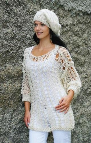 efdfb172e262 Vzdušný dámský pulovr a baret. Návod na ručně pletený dámský svetr pro  velikosti 36 – 40. Model je pletený přízí. Punto (zn. Kartopu) na jehlicích  č.