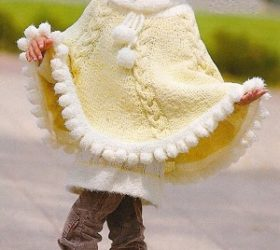 Dětská souprava: pončo, baret, rolák a návleky